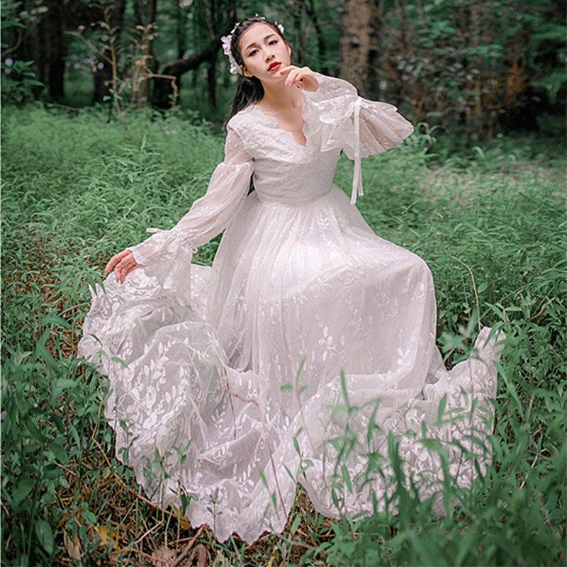 2018 Spring summer New Arrival Womens Lantern Sleeve V-Neck Slim Maxi Dresses Vintage White Hook Flower Embroidery Lace Dress