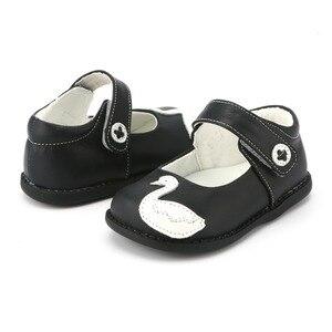 Image 4 - TipsieToes zapatos de piel auténtica de alta calidad con costuras para niños, Zapatillas para niños y niñas, novedad de Otoño de 2020, Swan