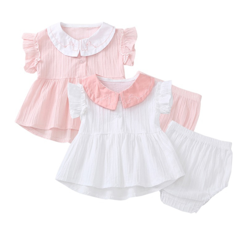 European and American styleSummer Children Baby Girls Casual Flare Sleeve Tops Peter Pan Collar T-shirt+Shorts Suits Costume SetEuropean and American styleSummer Children Baby Girls Casual Flare Sleeve Tops Peter Pan Collar T-shirt+Shorts Suits Costume Set