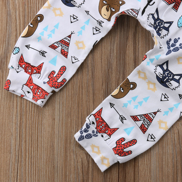 2-Pieces Letter Happy Camper Short Sleeve T-Shirt and Cute Animal Patterned Pants Set for Baby Boy