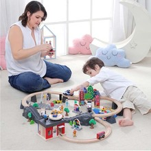 Деревянный поезд трек набор маленький поезд магнитное соединение совместимое кольцо трек детская ранняя обучающая головоломка игрушки