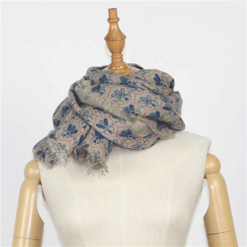 Fashion Female Scarf Imitation Cashmere    Bee Printing Warm Soft Scarf Autumn Winter Women Men Shawl  Unisex