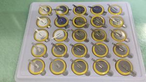 Image 1 - 100% nowy CR2025 stopa lutownicza bateria 3V bateria 180 stopni stopa lutownicza bateria SMD stopa lutownicza