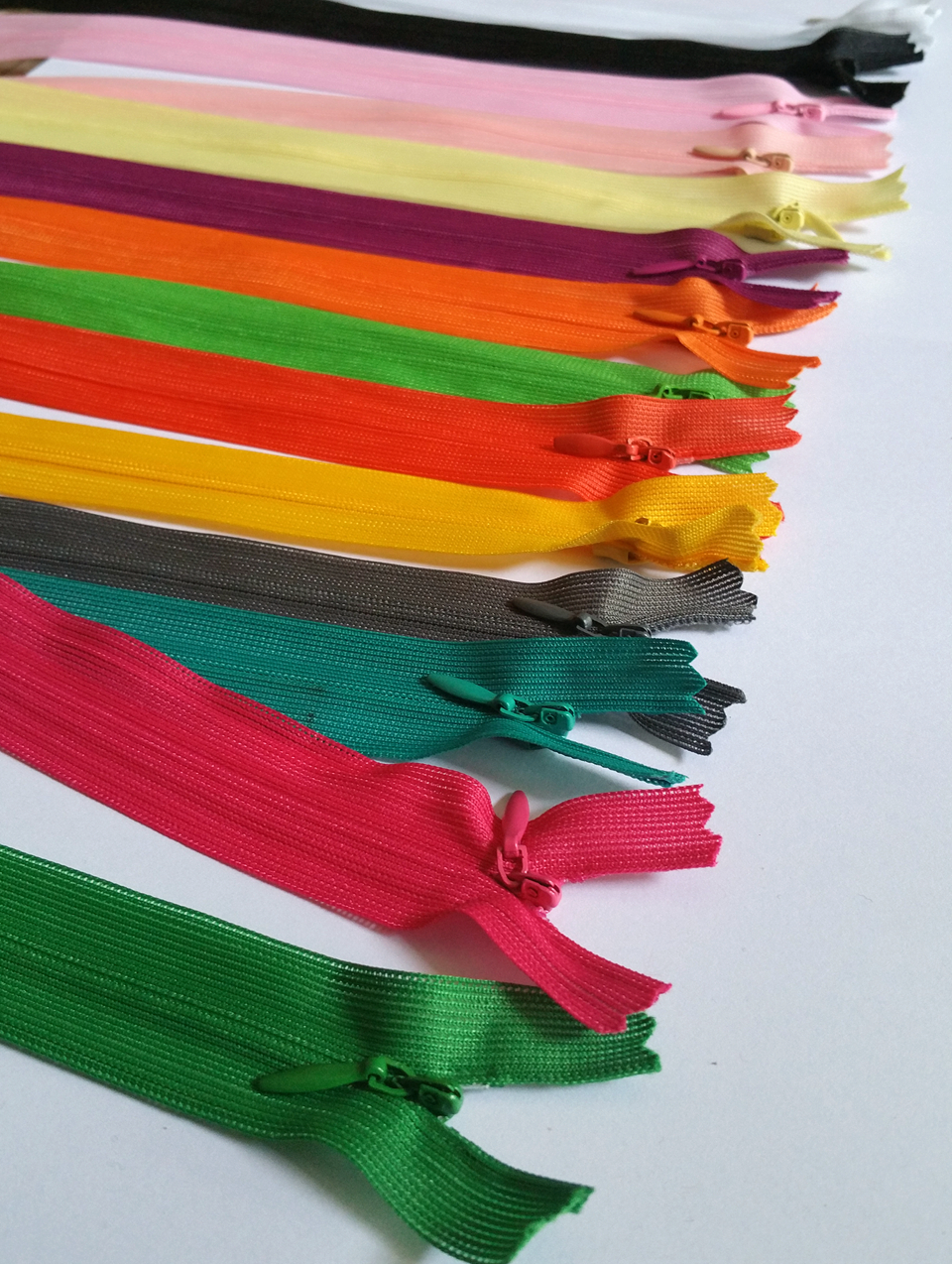 Zipper sewing zippers for dress sewing supplies polyester yarn 28cm