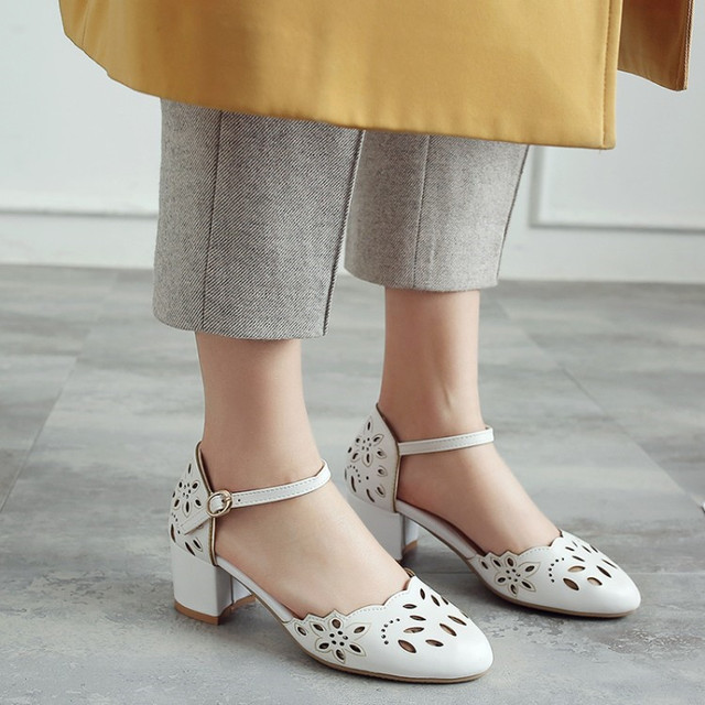 PXELENA Retro Women Casual Comfort Sandals Fretwork Cut Out Round Toe Square  Med Heels Sandals 2018 Lady Shoes Ankle Strap 34-43 afc89e308887