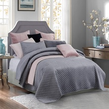 PHF Beauty Bed Covers And Bedspreads Velvet Bedding Set Luxury 3 Pcs Soft Lightweight Linen Queen King Size Grey Pink Silver