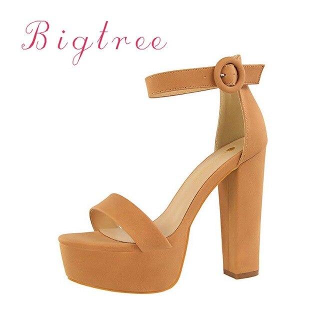 0d37dc33c As mulheres da forma 13.5 cm alta-sapatos de salto alto da plataforma do  salto