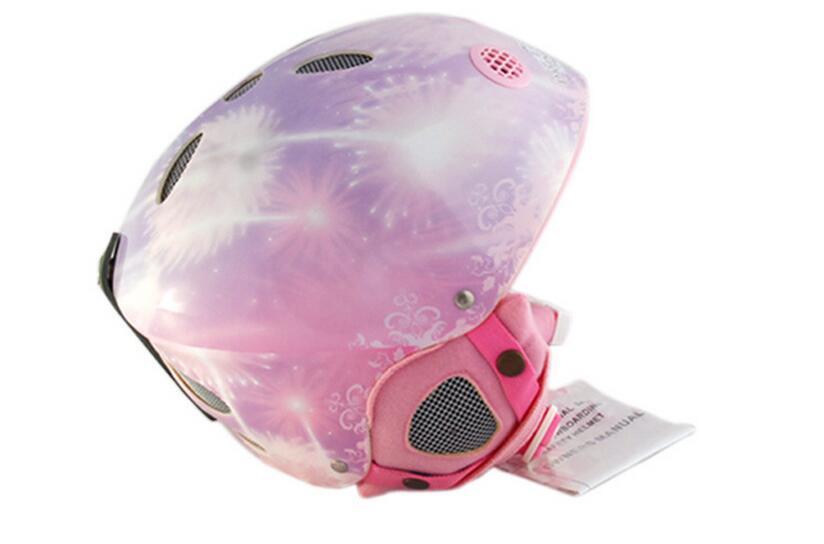 Top quality Head size Adjustable 52-56CM Children  Ski protective gear helmet  Skiing helmet  Skating equipment