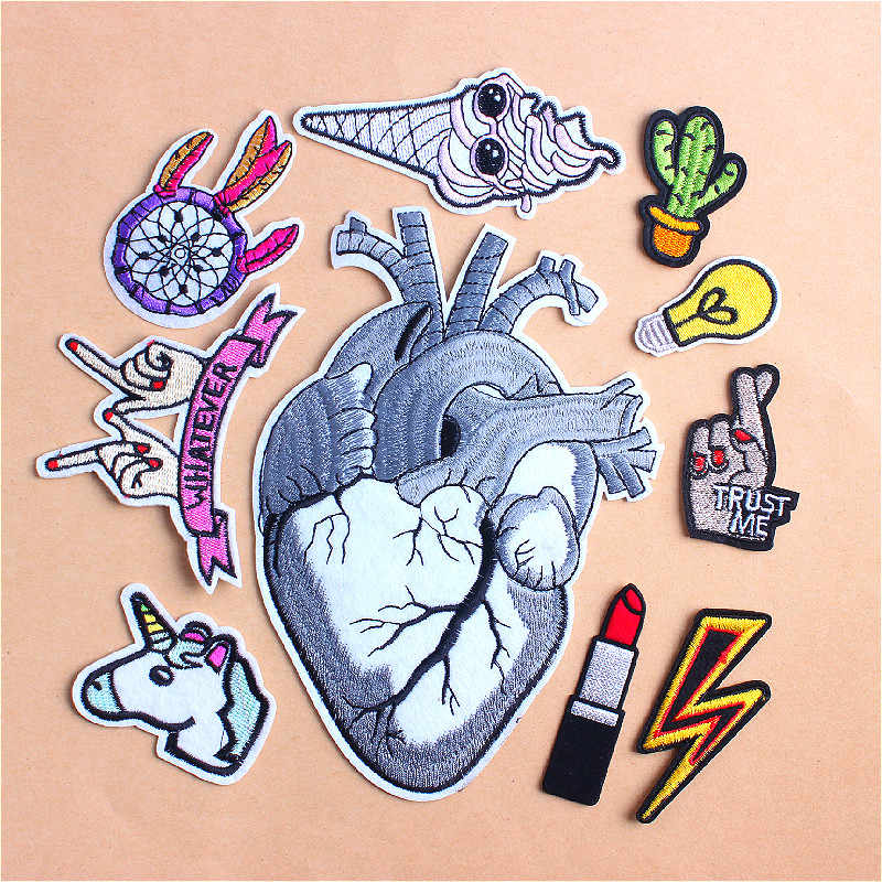 Big Heart Patch Biker Finger Lipstick Lightning Patches For Clothing Embroidered Iron On Patches For Clothes Applique StickersD1