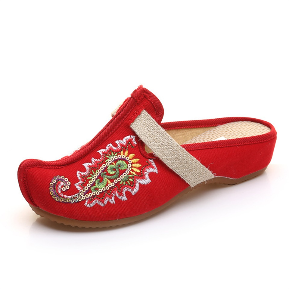 Summer Women 39 s Slippers Fashion Chinese Style Exquisite Embroidered Sandals Comfortable Slippers Women Size 35 41 in Slippers from Shoes