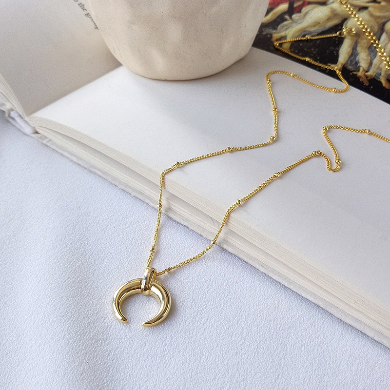 Silvology 925 Sterling Silver Gold Moon Crescent Pendant Necklace Creative Texture Elegant Female Necklace 925 silver Jewelry in Necklaces from Jewelry Accessories
