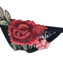 Majtki z kwiatową haftką