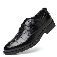 Men's Business Dress Shoes Large Size Crocodile Pattern British Fashion Casual Set Foot Soft Comfortable Men's Shoes