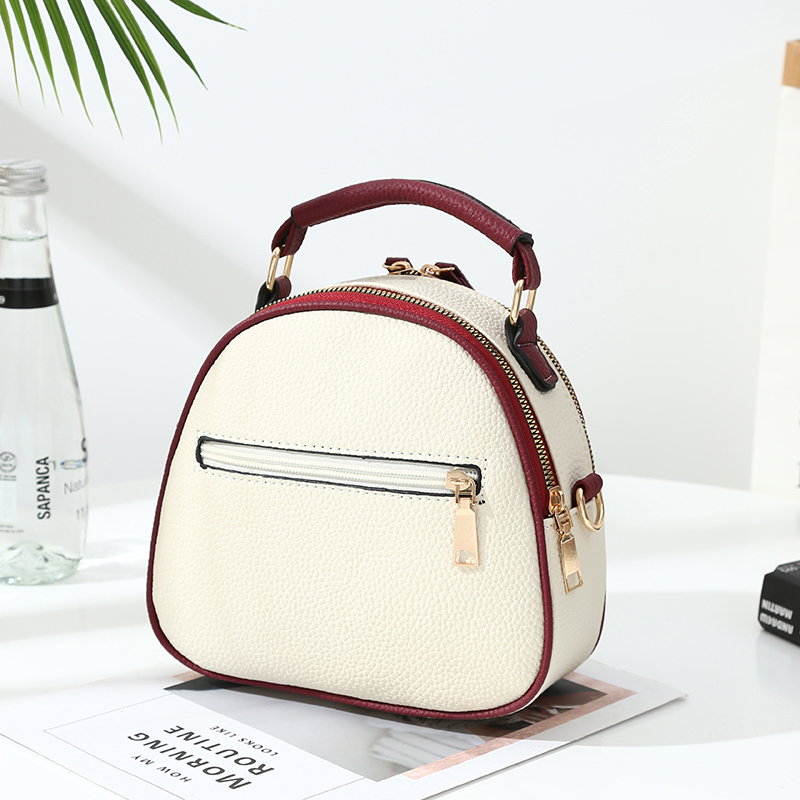 Luxury Handbags Women Bags Designer Ladies 39 Pu Leather Shoulder Bag for Women 2019 new Fashion Bee Decoration Famous Brands Tote in Top Handle Bags from Luggage amp Bags