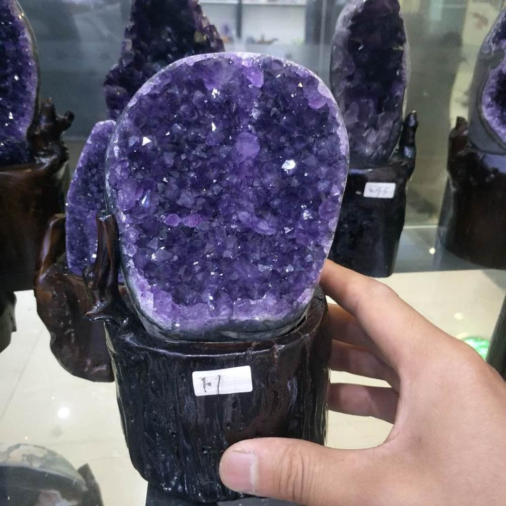 1.1kg Natural purple crystal cluster natural Uruguay amethyst cave decoration + base1.1kg Natural purple crystal cluster natural Uruguay amethyst cave decoration + base