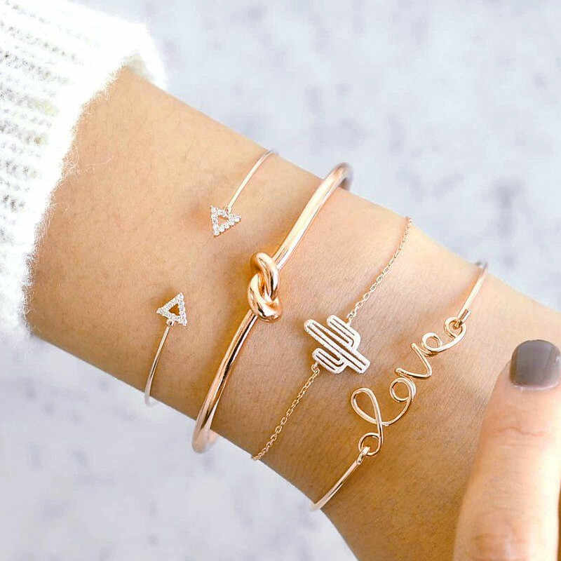 Modyle 4Pcs/Set Fashion Letter Love Arrow Triangle Knot Cactus Chain Gold Bangle Set Lady Exquisite Adjustable Jewelry Birthday
