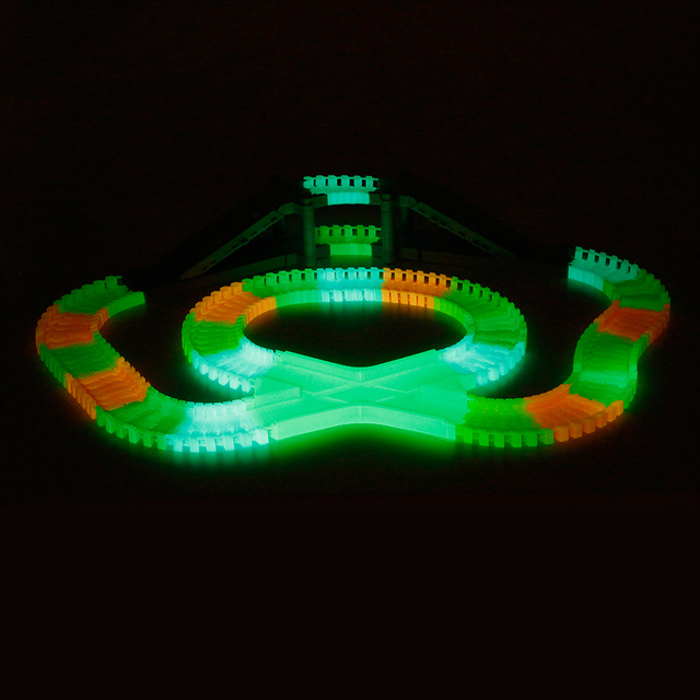 166pcs 55mm magic glow racing track set with 2 led light track car 166pcs 55mm magic glow racing track set with 2 led light track car flexible glowing twisted mozeypictures Image collections
