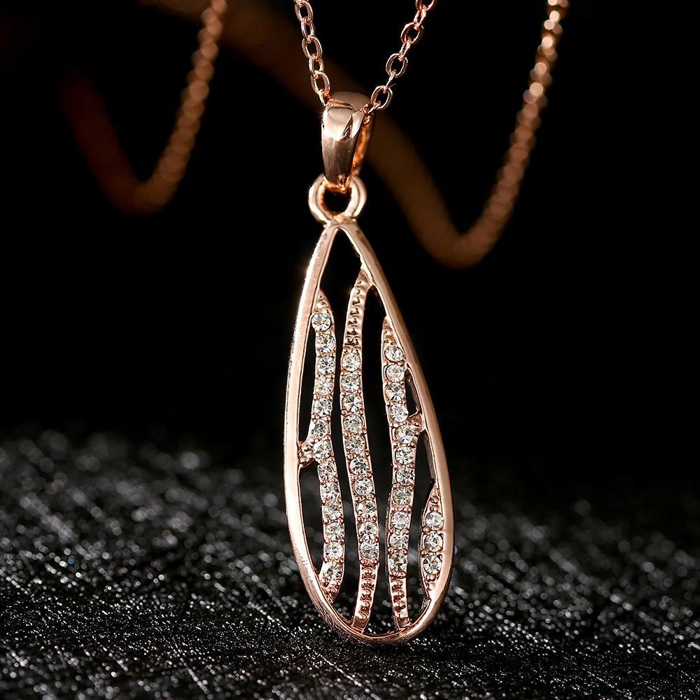 N782 Wholesale Nickle Free Antiallergic 18K Real Gold Plated Necklace pendants New Fashion