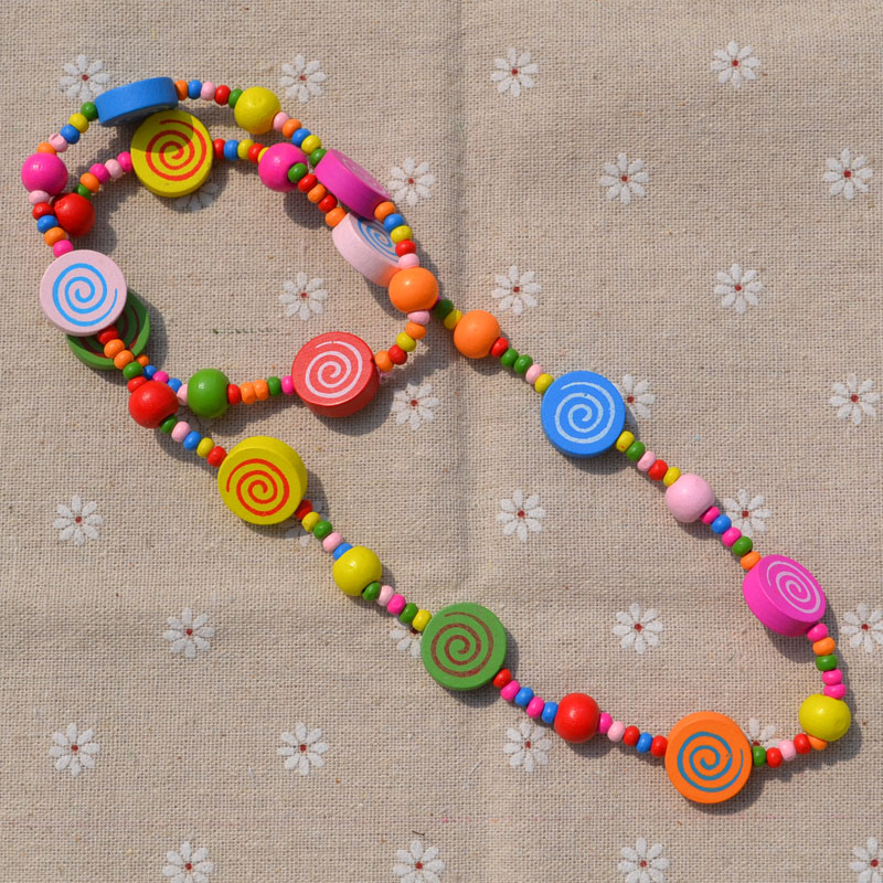 New Style Cute Girl's Gifts Cartoon Necklace Children Jewelry Mix Color Cartoon Lollipop Shape Wood Beads Flower Sweater Chain
