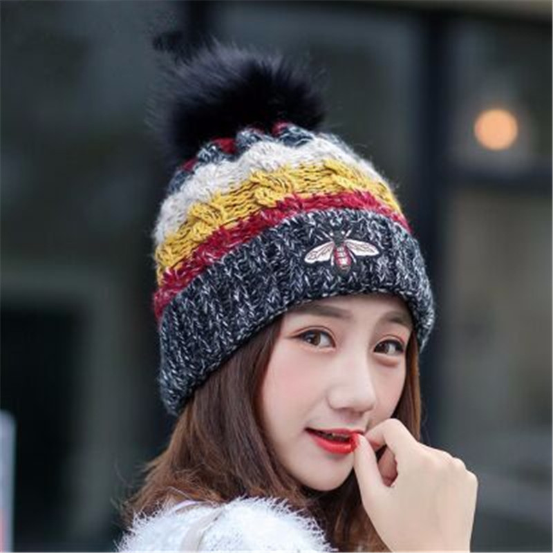 Little Bee Hairball Hit Color Mix Crafts Women's Caps Bonnet Beanies Knitted Hat Skullie Hat Female Warm Windproof Girl Warm Cap