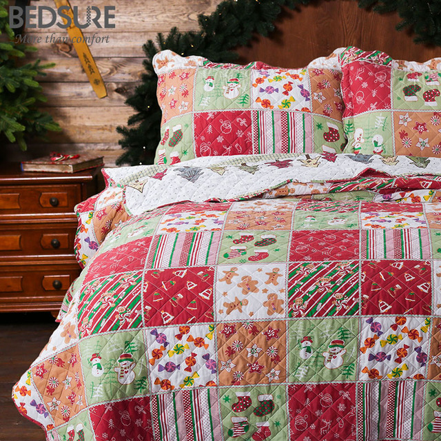 1d04912077e3 Bedsure Printed Quilt Coverlet Set Bedspread Christmas Gingerbread Man  Pattern Lightweight Hypoallergenic Microfiber Bedding Set