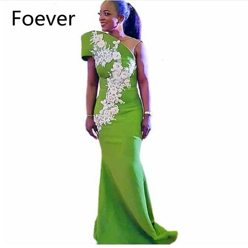 Afrique célébrité Satin dentelle Applique une épaule blanc herbe vert sirène robe de soirée longue 2019