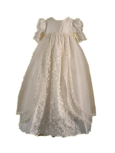 цена  Vintage Heirlooms Infant Baptism Dress Baby Girl White Ivory Robe Christening Dress Lace Applique 0-24 month With Bonnet  онлайн в 2017 году