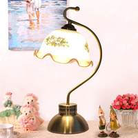 Retro desk lamp lamp of bedroom the head of a bed Study of the sitting room to touch the lamp ligh