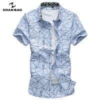 SHANBAO marca de los hombres camisa ocasional del Collar del Cuadrado de manga corta patrón irregular 2017 del verano camisa de algodón blanco azul cielo tamaño grande