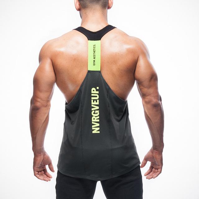 2016 Tanque Singletos Tops Camisa dos homens de Fitness Equipamento de Musculação Ouros GymStringer