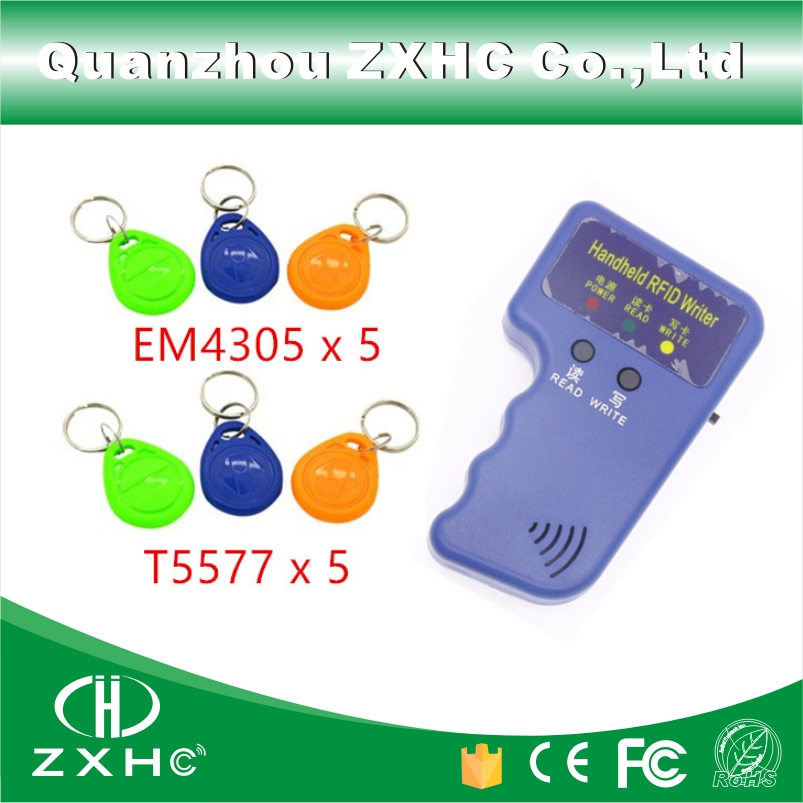 Portable De Poche ID Cartes 125 KHz RFID Copieur Lecteur Duplicateur + 5 x T5577 Télécommandes Et 5 x EM4305 télécommandes