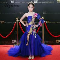 Luxury Royal Blue Embroidery Cheongsam Sexy One Shoulder Flower Girl Chinese Evening Dress Trailing Tassel Appliques Prom Gowns