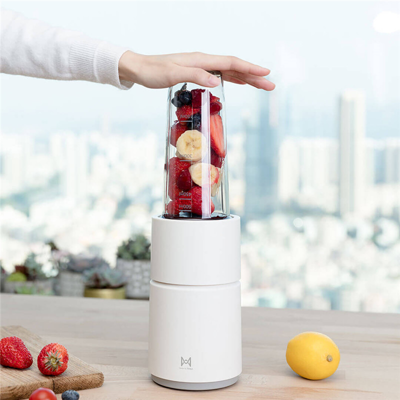 Image 2 - Xiaomi Pinlo Little Monster Fruit Vegetable Cooking Machine Mini Electric Fruit Juicer Fruit Squeezer Household Travel Juicer-in Blenders from Home Appliances