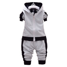 Детская одежда 2017 Демисезонный Новинка; Одежда для мальчиков девочек детская хлопковая с длинными рукавами куртка с капюшоном + брюки Одежда для маленьких мальчиков