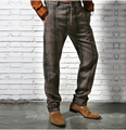Celosía británica de los hombres ocasionales flacos pantalones de la manera de la vendimia lápiz pantalones Otoño e invierno pantalones ocasionales de los hombres a rayas de los hombres pantalones