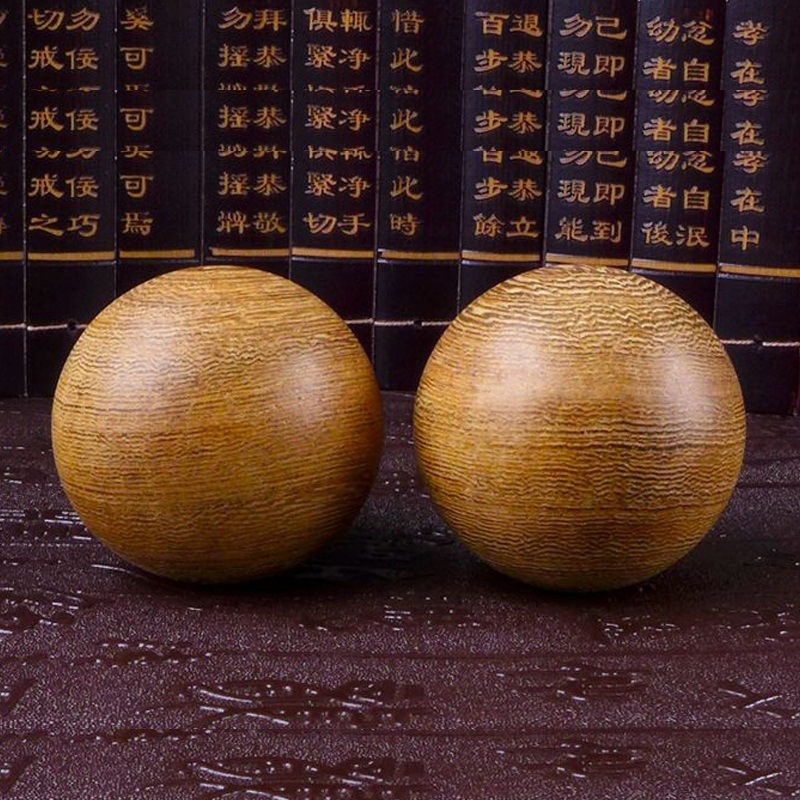 Fuyuan club fitness ball opponent a wooden piece handball massage ball gift woodcarving decoration