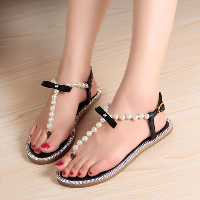 Brand women's sandals 2017 summer beaded stone pearl female sandals Rome flat sandwich toe women's sandals flat wedding shoes