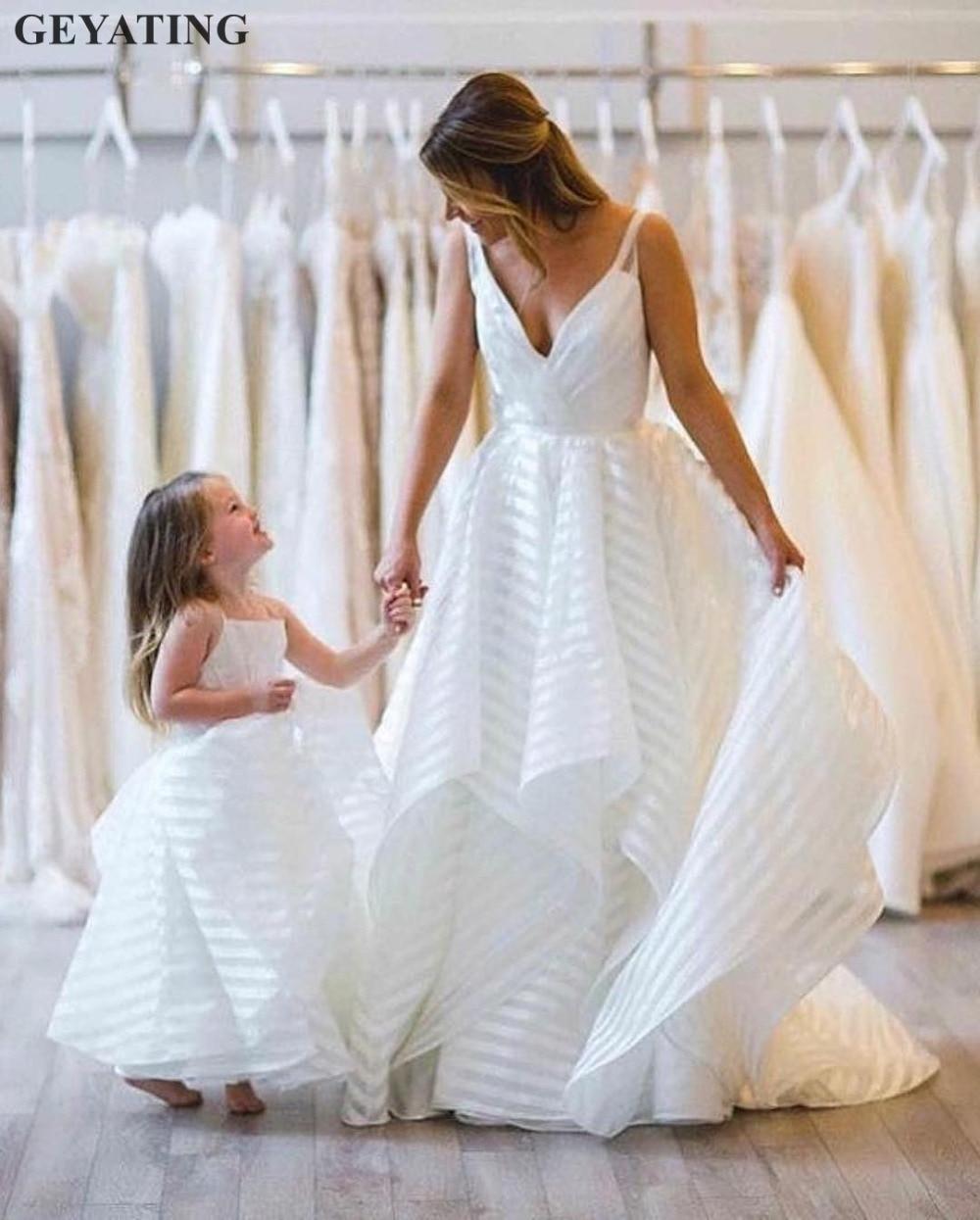 Modest Striped Organza A Line White Wedding Gowns 2019