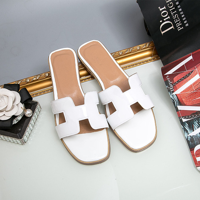 0b1f5a31213 H-Summer-Women-Sandals-Slippers-Mules-Shoes-2018-Black-Red-White-Female -Casual-Fashion-Slippers-Beach.jpg 640x640.jpg