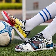 2018 nueva Hotest juego fútbol botas hombres PUBG césped zapatillas indoor  juego fans regalo novio entrenadores fútbol botas 5462fa36f7c2b