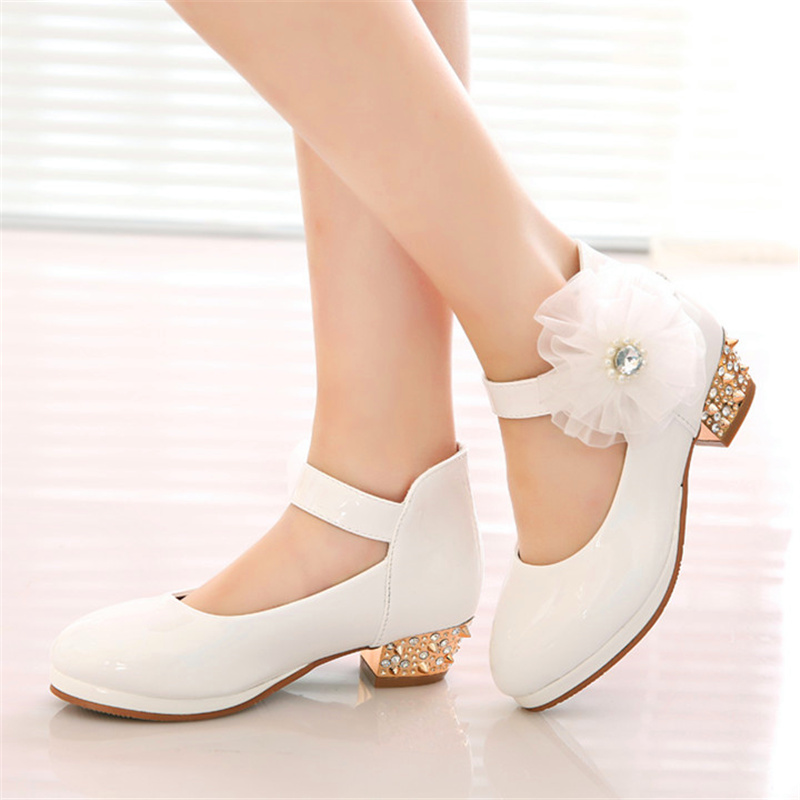 Fathion New Big Pearl Flower Girls PU Leather Shoes For Girls Party Dance Children Shoes Girls Princess High Heels Wedding Shoes
