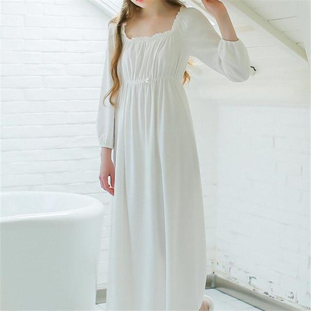 Vintage Dressing Gown: Women Sleepwear Long White Cotton Nightgown Womens Dresses