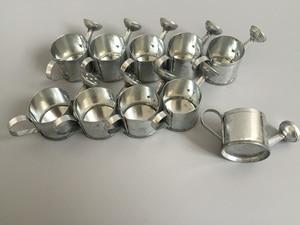 Image 4 - 50 ピース/ロットD3.5XH3cm最小散水缶バケツ金属装飾おもちゃ散水缶ドールハウス