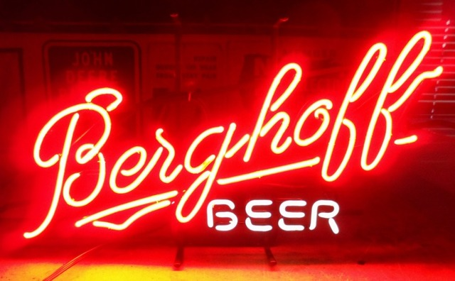 Berghoff Bee Glass Neon Light Sign Beer Bar