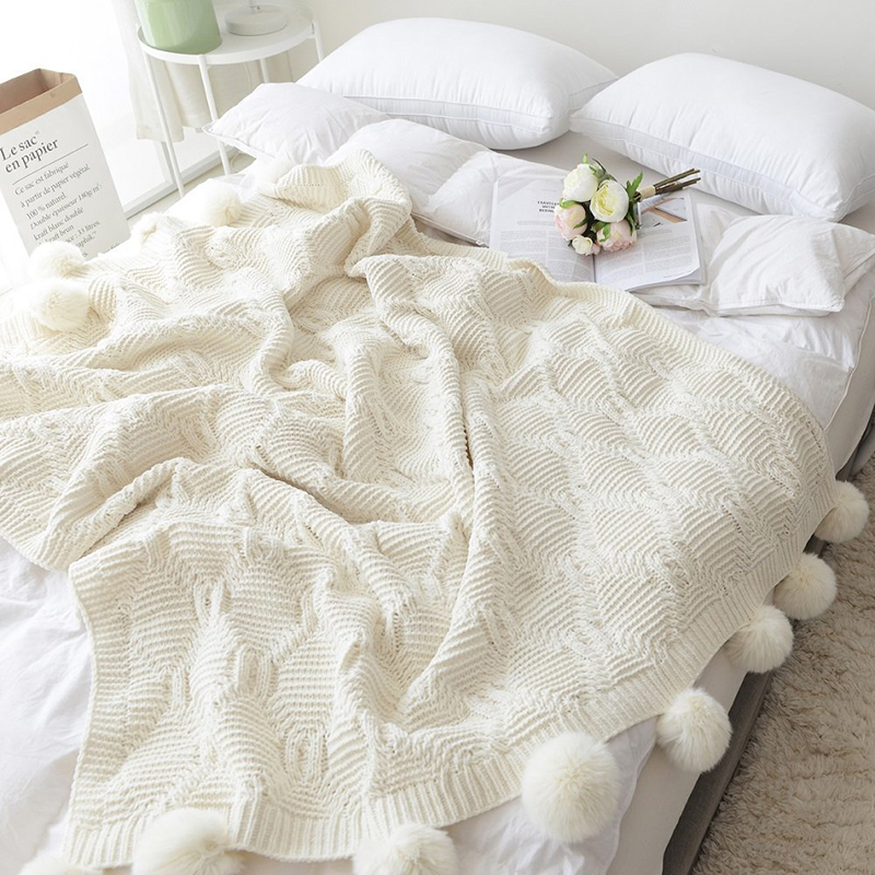 130X160CM Cotton Cable Knit Throw Blanket with Fur Ball Soft Warm White Color Fluffy Blanket Washable for Bed Travel Blanket