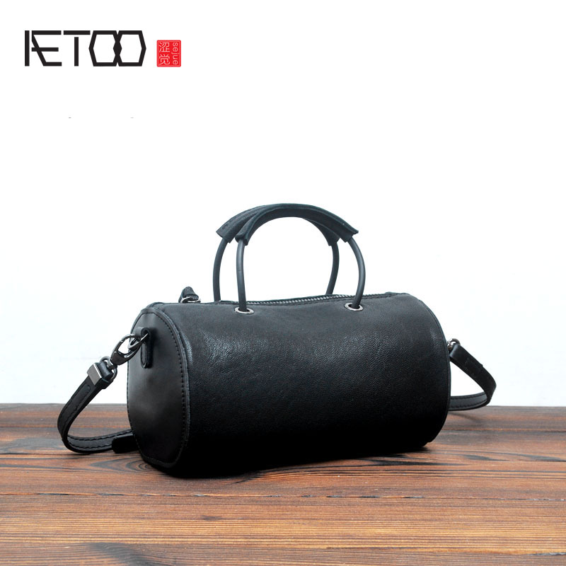AETOO Japanese Korean version of the simple small round bag portable Messenger bag leather retro creative drums package tanned s