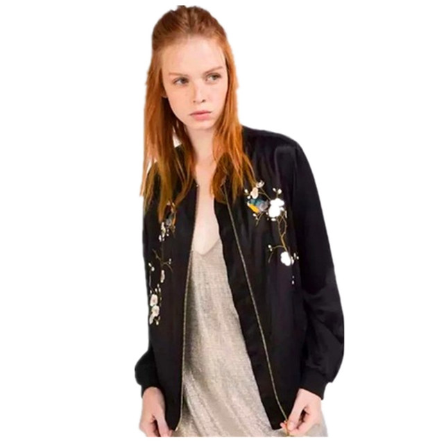 2016 New Spring Autumn Black Slim Women Bomber Jacket Streetwear Zipper Floral Embroidery Feminino Jacket Outwear Coat Tops