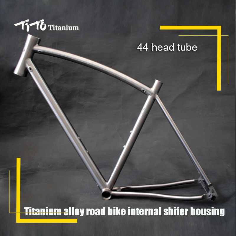 все цены на Free shipping !!! TiTo titanium new road bike frame 700C titanium road bicycle bent top tube internal shifter housing онлайн