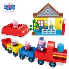 Juguete de construccion Peppa Pig en el tren con George y su abuelo
