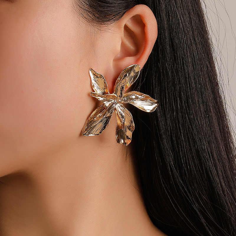 เครื่องประดับเกาหลี Zircon หัวใจดอกไม้คริสตัล Angel Wings เรขาคณิตต่างหูผู้หญิงงบเครื่องประดับขายส่ง